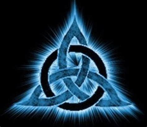 imagenes simbolos wicca tap into the triquetra a power awakening spell magical