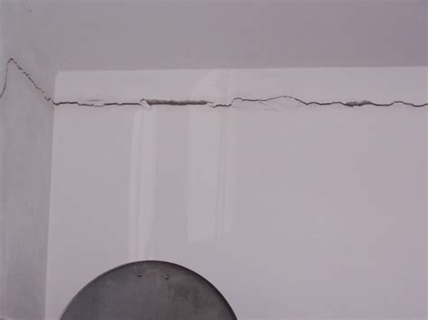 muri portanti interni come eliminare le crepe nei muri in modo rapido e
