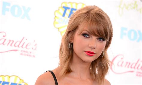 taylor swift dating someone taylor swift is dating matt hearly