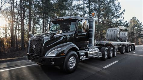 volvo trucks vnx series  heavy haul