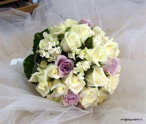 fiori color lilla composizioni floreali di colore glicine fiorista roberto