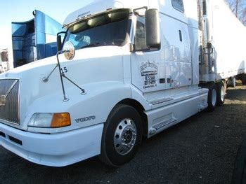 2000 Volvo 660 With 2000 Reefer Trailer Buy Truck