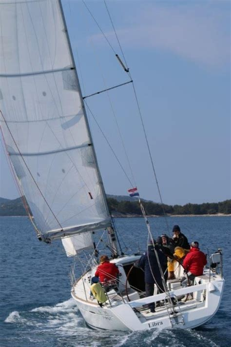 catamaran sailing for dummies regatta sailing seminary in jezera held by stipe vitaljic