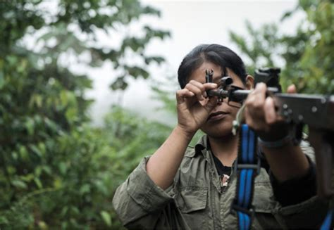 Promesa Background Check Photos Of Farc Soldiers By Nad 232 Ge Mazars