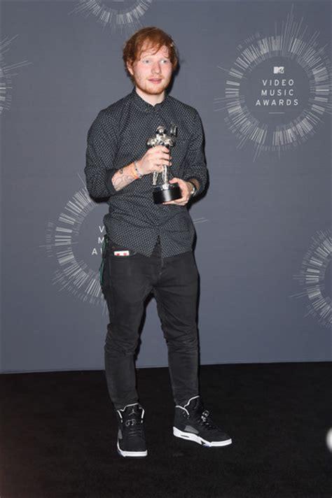 Ed Sheeran Biography Mtv | ed sheeran pictures mtv video music awards press room