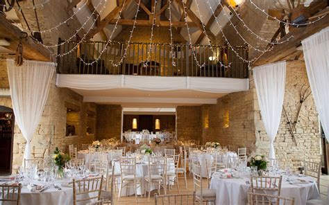 Barn Wedding Venues Gloucestershire   The Great Tythe Barn