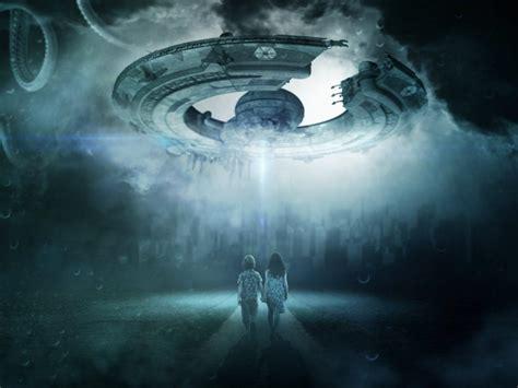 E M O R Y Solar Series 09emo1366 Tas Branded Murah Import pel 237 culas y series sobre extraterrestres imperdibles
