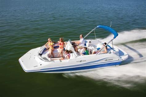 bennington boats elkhart bennington acquires nautic global group pontoon deck