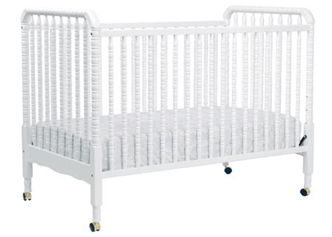 lind crib in white