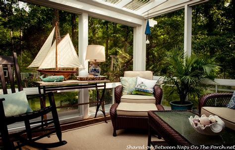 3 Season Room Decorating Ideas by Fall Decorating Ideas For The Porch Or Sunroom
