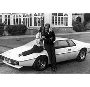 Lotus Esprit  Bond Lifestyle