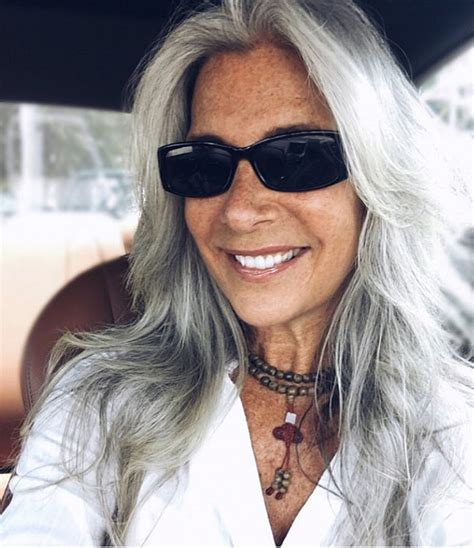 40 year old woman with short grey hair instagram beauties with long gray hair fabulous after 40