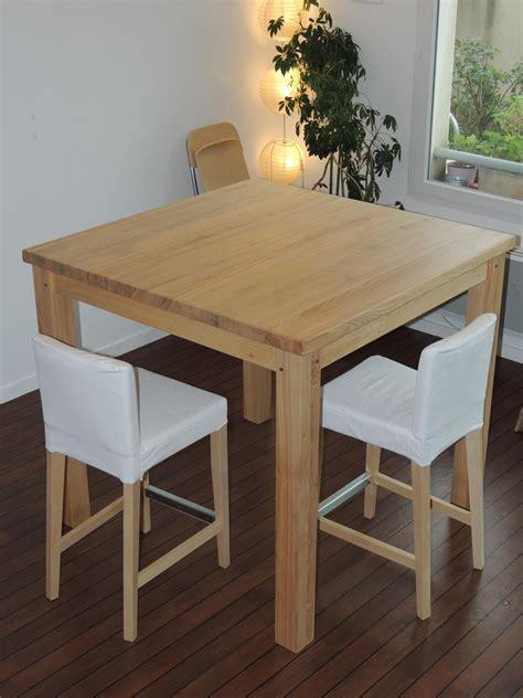 table de cuisine carr馥 table de cuisine carr 233 en bois cuisine id 233 es de