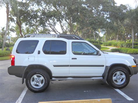 picture of 2002 nissan xterra xe v6 exterior