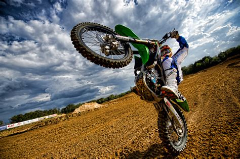 Mx At shooting motocross at a dirt track kelby s photoshop insider