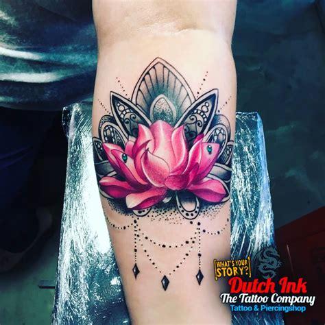 Tattoo Lotusbloem | lotus tattoo voorbeelden laat je inspireren door dutch ink