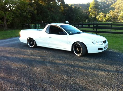 holden vz one tonner 2004 holden commodore one tonner s vz car sales qld