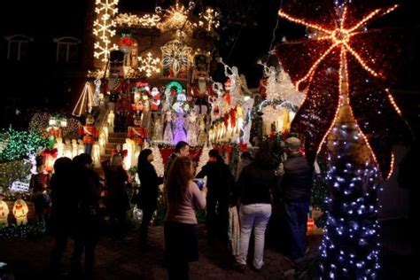 where to see the holiday displays in nyc this year stuff