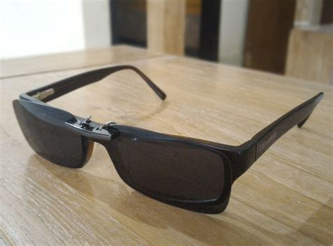 Clip On Kacamata Polarized jual kacamata clip on polarized clip on sunglasses uv400