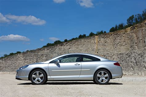 new peugeot 407 2010 peugeot 407 coupe gains new 163hp 2 0l and 240hp v6