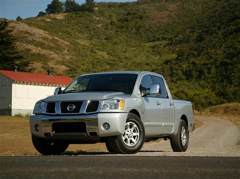nissan titan dimensions nissan titan technical specifications and fuel economy