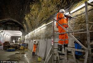 crossrail construction site hoardings undergo a make over crossrail facing major signal problems which could prevent