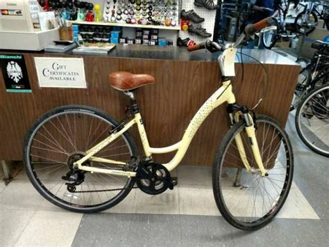 comfort bikes for sale trek 7100 women s comfort hybrid bike for sale 140