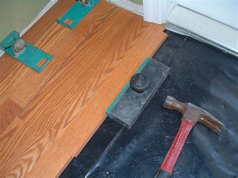 Tapping Block For Laminate Flooring by Laminate Manufacturers Photos Of All Kinds
