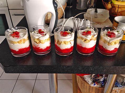 rezepte für kuchen im glas backen erdbeer k 228 se sahne kuchen im glas alii273 chefkoch de