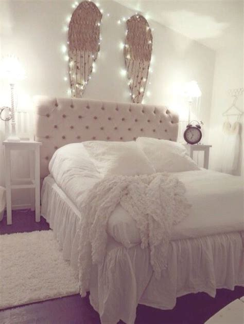 365 best images about girly rooms on pinterest loft beds best 25 angel wings decor ideas on pinterest coffee