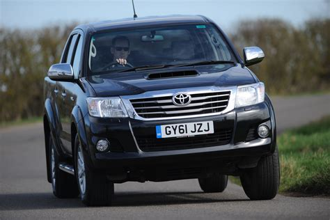 Toyota Complaints Department Uk Toyota Hilux Review New Ford Ranger Vs Rivals Auto Express