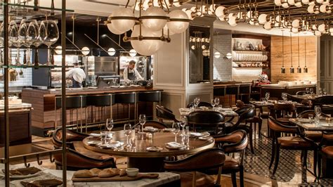 french restaurant amman fine dining  seasons hotel