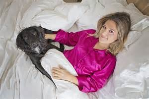 Duvet Covers Uk Online I Share My Bed With My Pooch And If My Boyfriend Doesn T