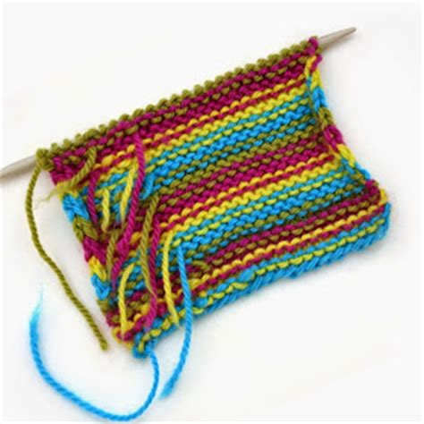 weaving in ends as you knit so i make stuff knit tips weaving in ends as you knit