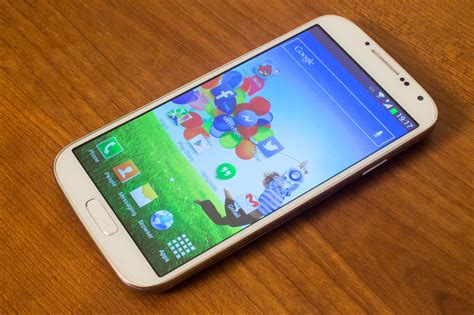 what does e4 efox smart e4 review does the galaxy s4 clone keep up