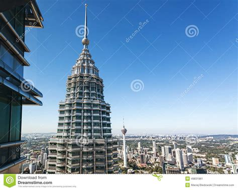 How Many Floors In Towers Malaysia by View From 86th Floor Of Petronas Towers Editorial