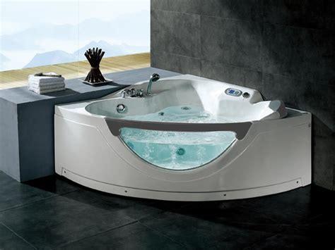 systeme balneo pour baignoire spa baignoire hydromassante d angle vitre et jets de