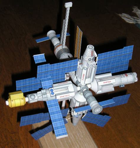 Nasa Papercraft - science paper model mir space station free template