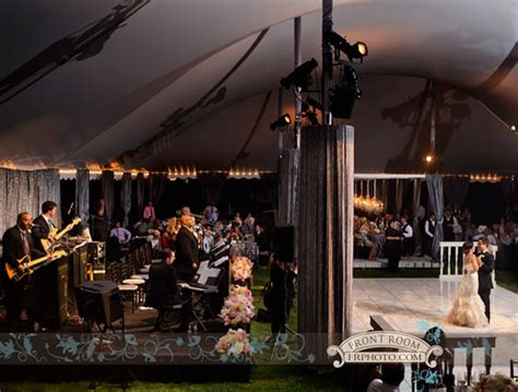 Boerner Botanical Gardens Wedding Tent Weddings By Milwaukee S David Caruso Marriedinmilwaukee
