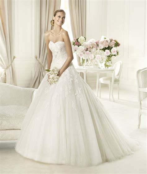 Pronovias Brautkleider by Pronovias Summer 2013 Wedding Dresses Collection