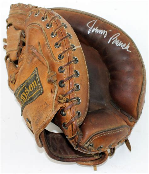 johnny bench catchers mitt lot detail johnny bench signed wilson catcher s mitt