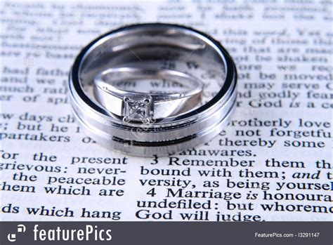 Wedding Rings On Bible by Picture Of Wedding Rings On Bible
