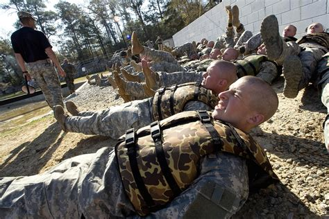 Army Ranger navy seal army ranger explain differences business insider