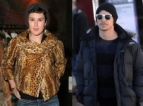 Rumer Hooks Up by News Gossip Did Josh Hartnett Hook Up With