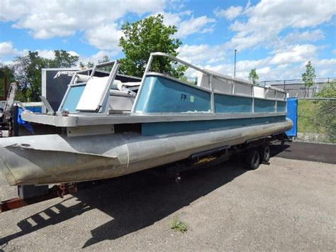 pontoon boats for sale ohio pontoon new and used boats for sale in oh