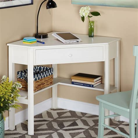 white bedroom desk 25 best ideas about small corner desk on desk