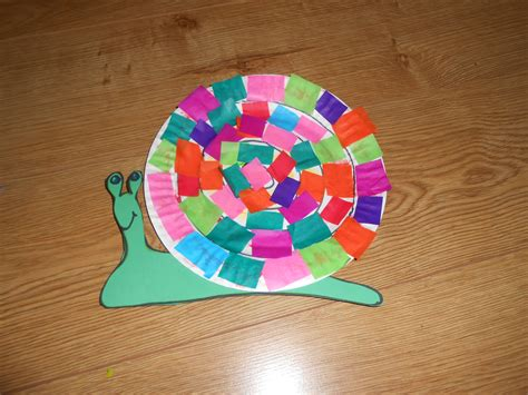 Snail Paper Plate Craft - snail crafts for preschoolers