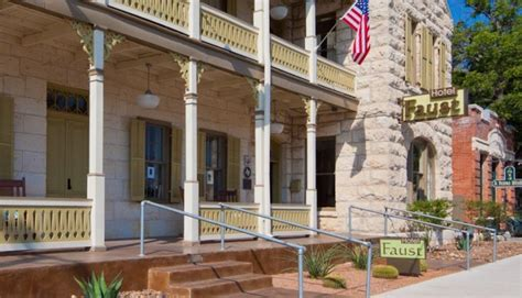 Hotel Faust Comfort by 5 Amazing Places To Hang Your Hat In The Hill Country