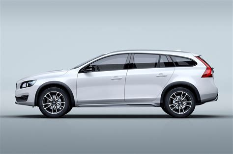 2015 volvo v60 cross country profile studio photo 5