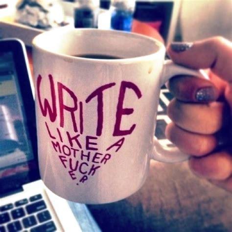 desain gambar tulisan mug desain keren untuk para maniak
